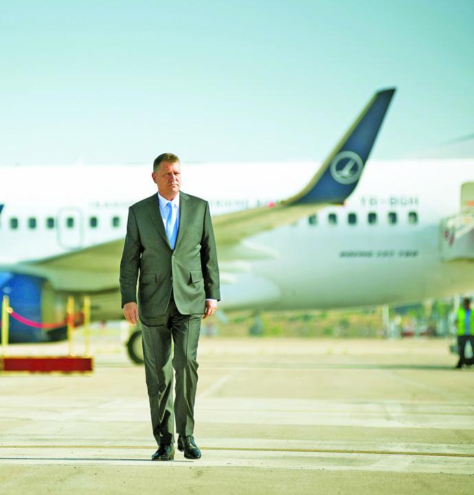 Avion klaus iohannis Iohannis, din nou pe prispa amicului Trump