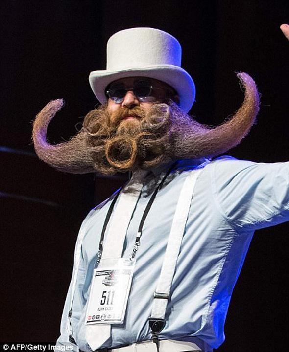 barba 1 Campionatul barbilor