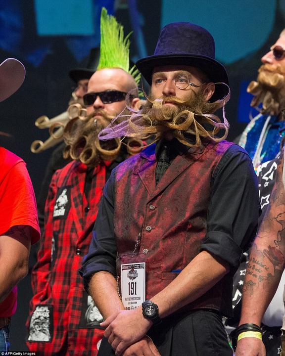 barba 2 Campionatul barbilor