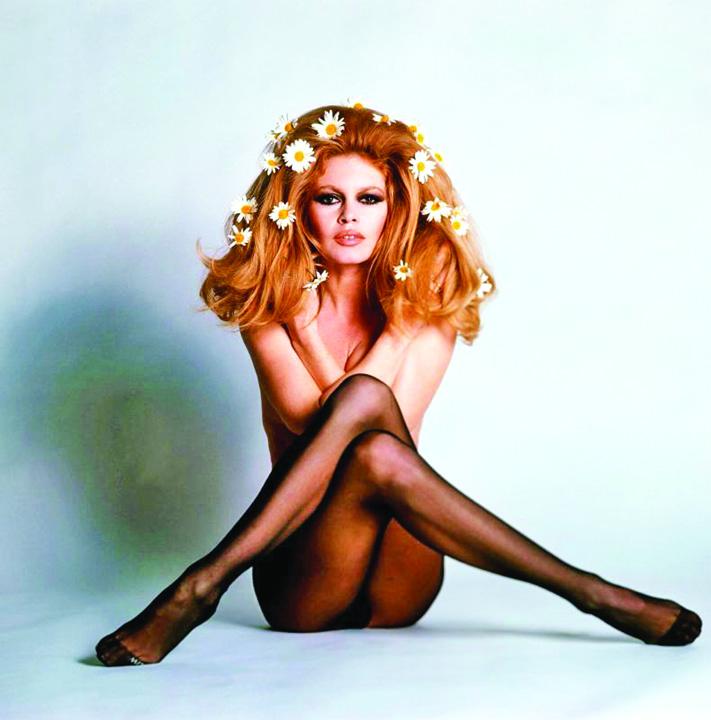 brigitte bardot Brigitte Bardot, statuie la  Saint Tropez