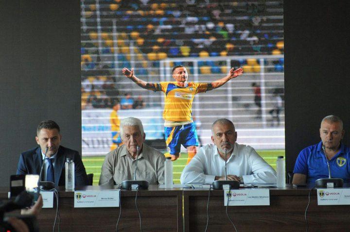 conferinta2 2 720x478 Madalin Mihailovici, CEO Veolia da asigurari de stabilitate financiara:Nu suntem sponsori, suntem partenerii echipei Petrolul Ploiesti