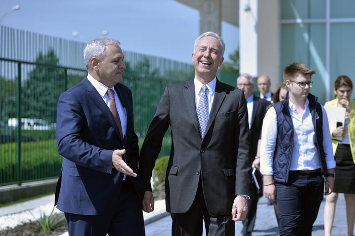 dragnea klemm Liderul PSD pune piciorul in pragul ambasadorilor