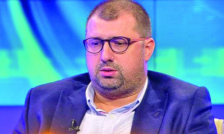 fostul colonel sri daniel dragomir audiat in comisia sri 479952 Dragomir a iesit fara chef de vorba de la Comisie