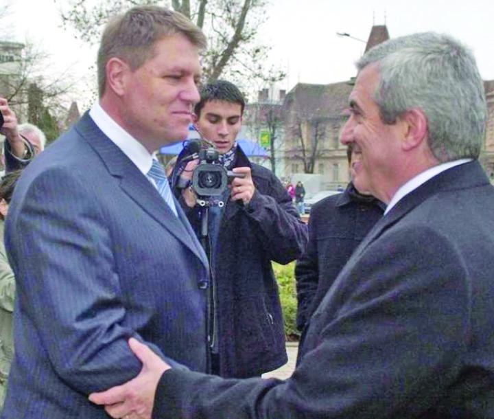 iohannis tariceanu Iohannis e tot un politician pacatos, nu Sfantul Duh