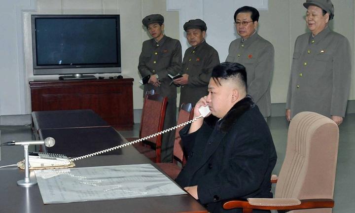 kim 4 Kim promite o Hiroshima x16