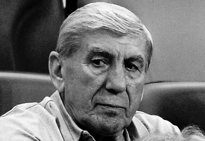 legenda 720x497 A murit fostul international Culae Lupescu