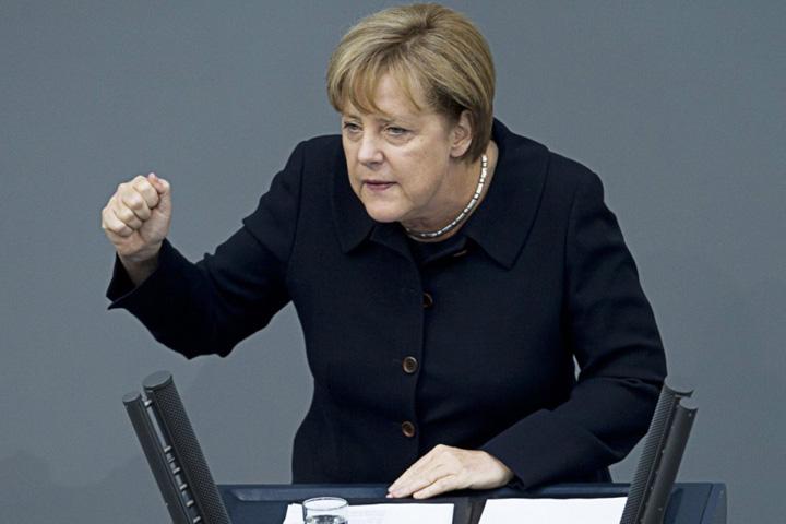 merkel 123 Vivat Merkel! Vom cersi inca patru ani mila Germaniei