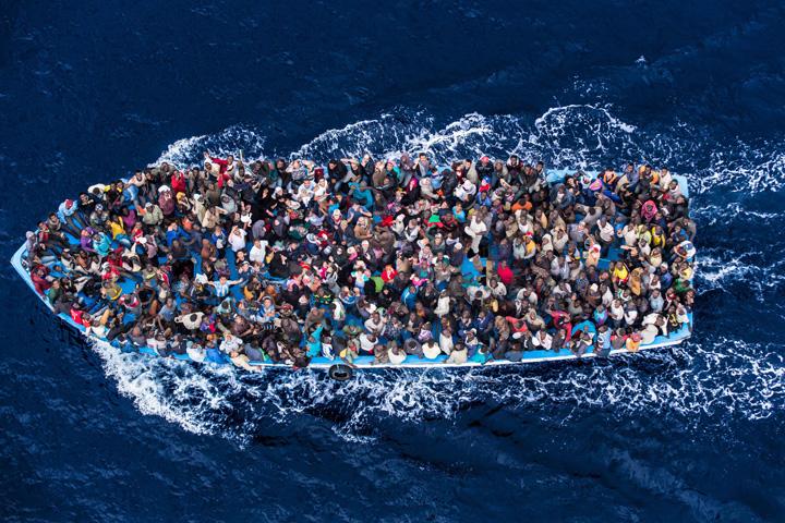 migranti mare UE pune gaz peste foc: alti 50.000 de refugiati