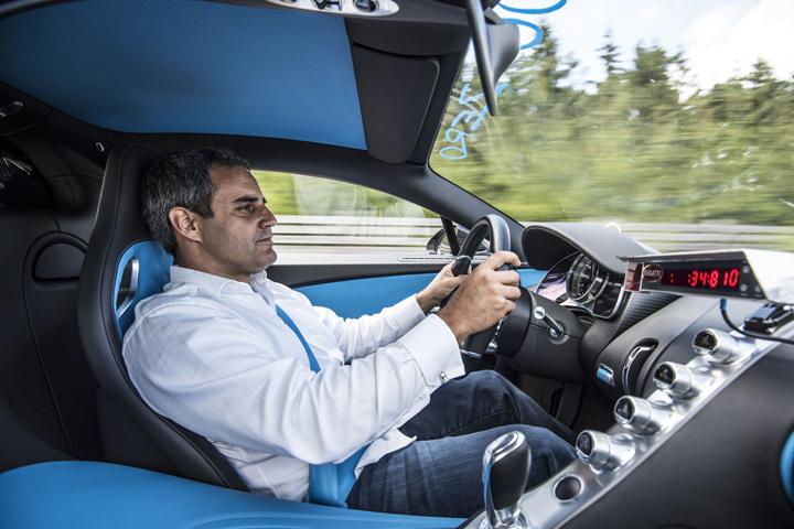 pilot Record 0 400 km/h pentru Bugatti Chiron