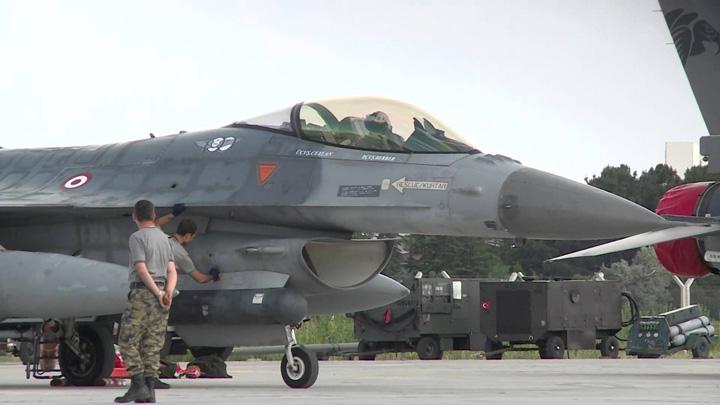 turcia piloti Erdogan lasa armata fara piloti