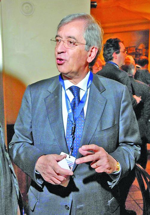 vatican Controlorul Finantelor Vaticanului, demis pentru spionaj