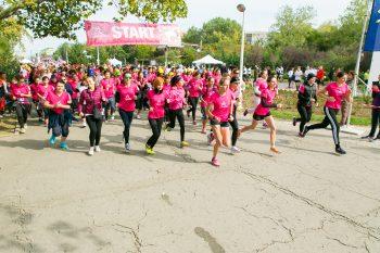 0G6A1959 350x233 Crosul Casiopeea: Bucurestenii, solidari cu invingatoarele cancerului la san
