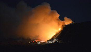 22154643 1195127353964410 4866241688706905576 n groapa gunoi 350x200 Incendiu la rampa de gunoi de langa Cluj. Pompierii se lupta de aseara sa l stinga