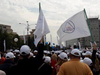 22221720 1564320836939419 5970626193001957487 n 350x263 Miting in Piata Victoriei. Sindicalistii protesteaza in fata Guvernului