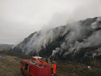 22228106 1195125313964614 5531067119331999356 n groapa gunoi 350x263 Incendiu la rampa de gunoi de langa Cluj. Pompierii se lupta de aseara sa l stinga