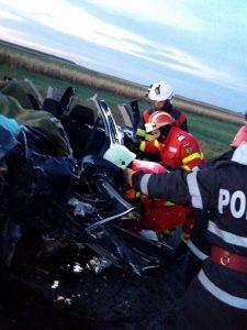 22448618 1922372244677206 5376108549535227989 n accid suceava 225x300 5 vieti curmate in urma unui accident infiorator pe DN 2E, in Suceava