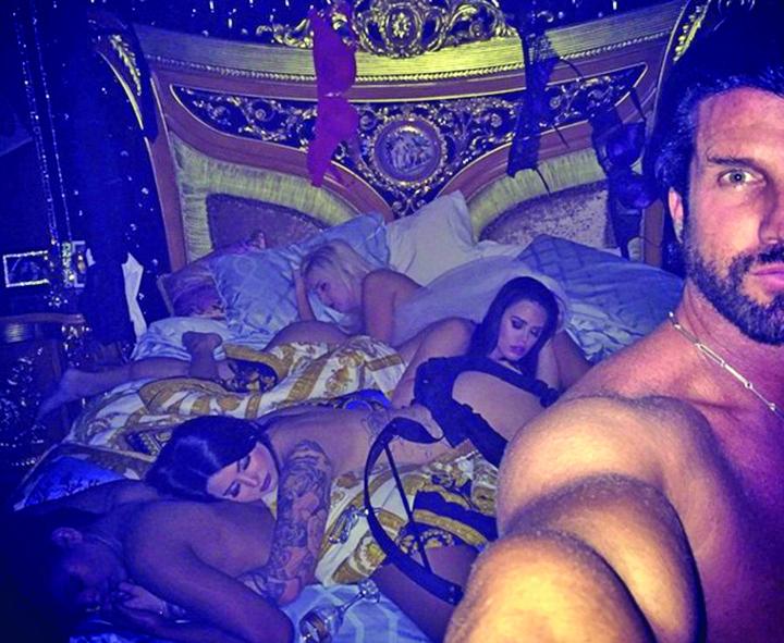 391356 Cum traieste milionarul cel las din Las Vegas