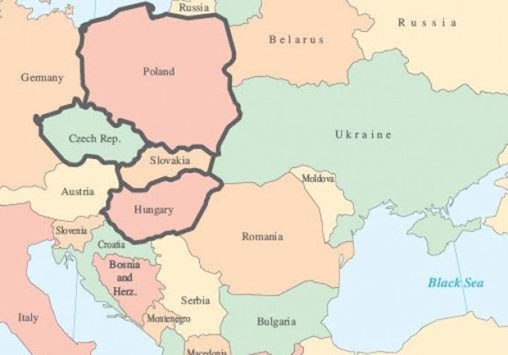 VISEGRADJPG Romania a ales sa tina cu Estul