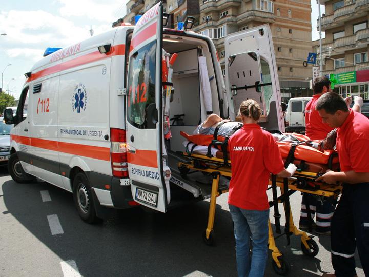 ambulanta Cum se face medicina: urgentele grave sa moara acasa