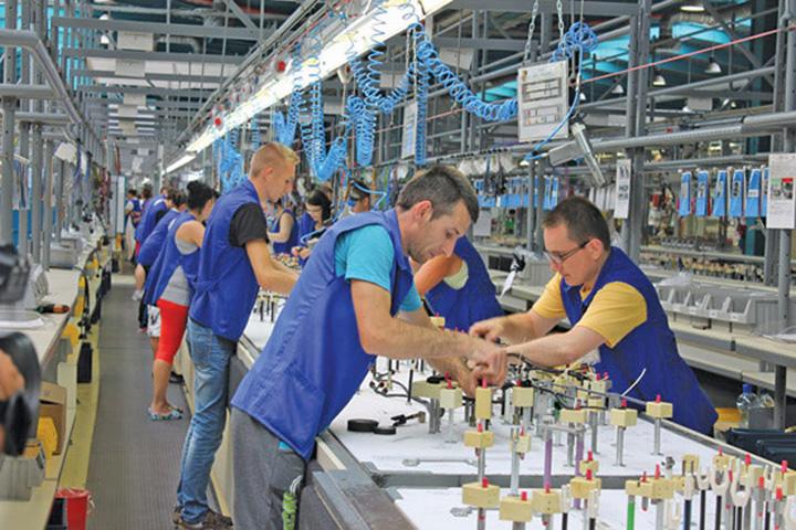 angajat In Romania, 11 judete produc, iar 31 consuma