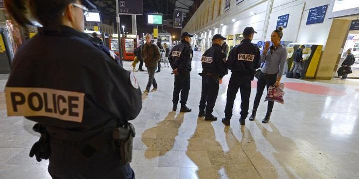 atacuri Atacuri teroriste in Franta si Canada