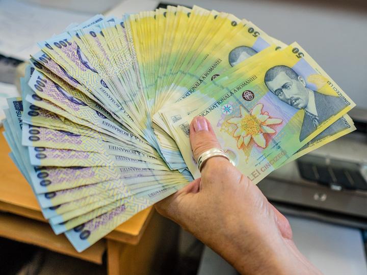 bani ROBOR, umflat de dividendele speciale platite de firmele de stat