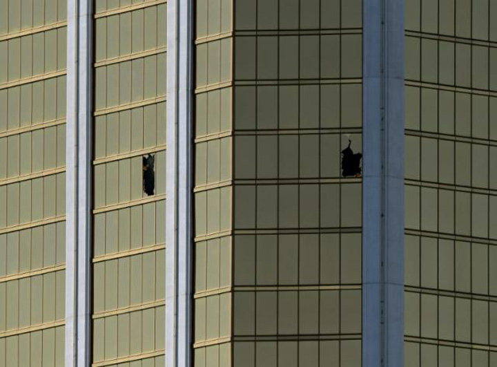 camera hotel In Las Vegas, banii vorbesc, nu mortii