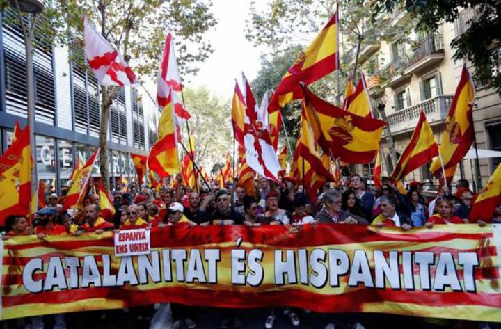 catalonia 1 Spaniolii sar la gatul separatistilor