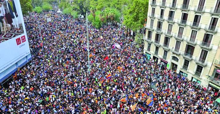 catalonia greva Catalonia, blocata. Nimeni nu iese, nimeni nu intra
