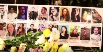 comemorare 350x178 Lumanari, flori si acorduri de chitara in memoria victimelor de la Colectiv (VIDEO)