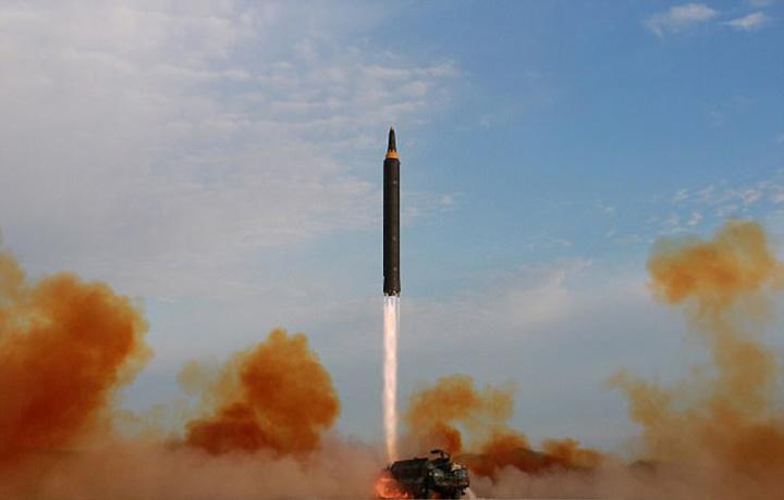 coreea rachetajpg 1 Amenintarea nucleara a lui Kim se naruie din interior