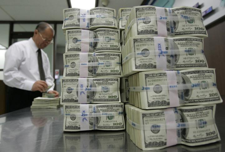 dolari bani valuta.kvx5qrsdu2 Lumea are peste 16 milioane de ...milionari