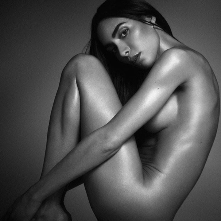 ines Premiera: Playboy promoveaza un model transgender