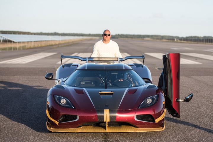 masina Masina care umileste Bugatti