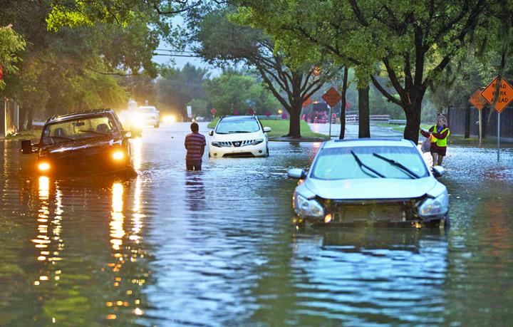 masini Uraganele, mina de aur pentru industria auto