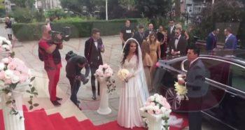 mireasa 350x186 Sandra, sotia lui Adrian Mutu, radioasa in rochia de mireasa