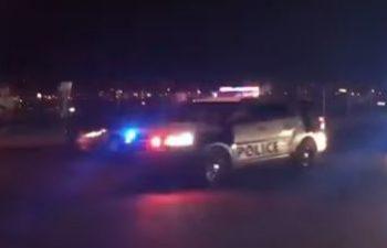 politie s 350x225 Bilantul macelului din Las Vegas a crescut la 59 de decese. Sunt peste 500 de raniti