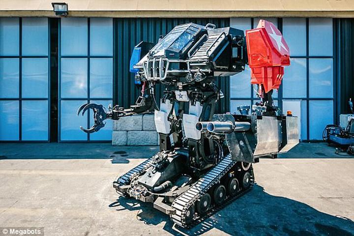 robot Premiera galactica: duelul gigantilor de otel