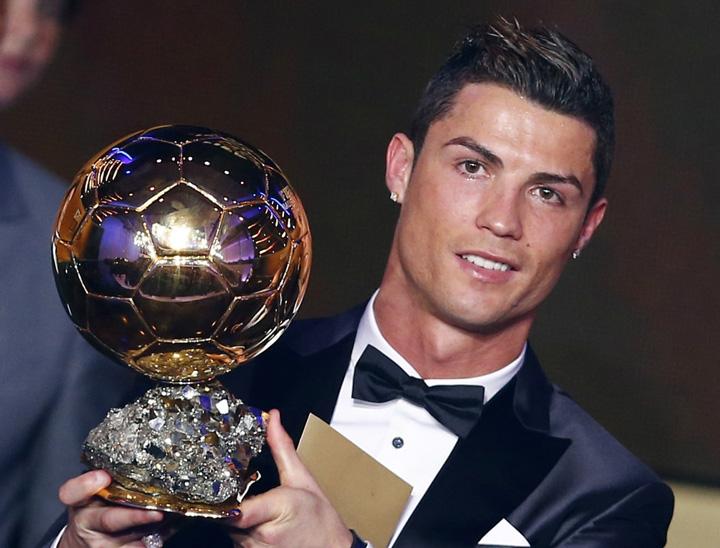 ronaldo Cristiano Ronaldo si a vandut Balonul de Aur