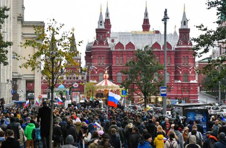 rusia Sute de arestari de ziua lui Putin
