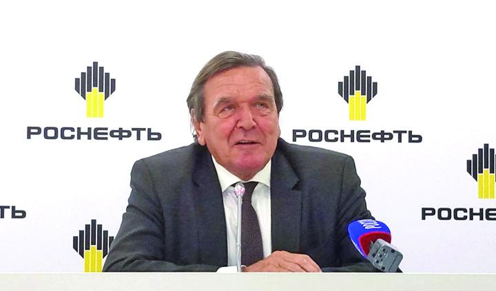 schroder mare Gerhard Schroder, locomotiva Kremlinului
