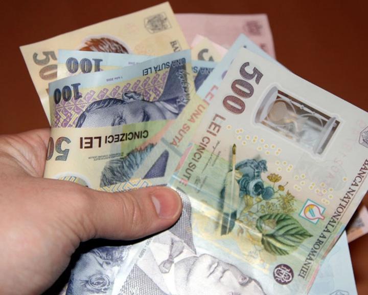 scumpiri Octombrie negru in portofel