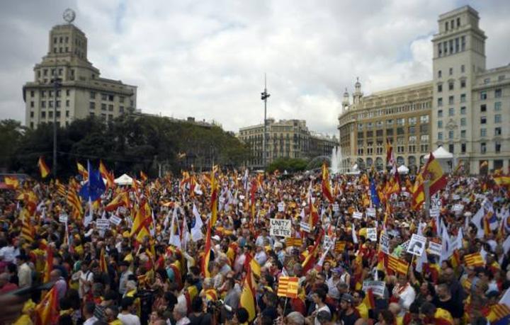 spania manifestatie Doliu de ziua nationala a Spaniei