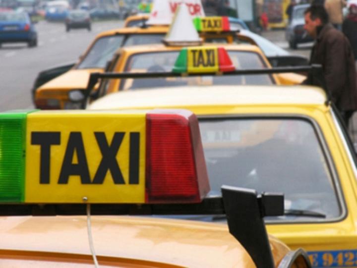 taxiuri Octombrie negru in portofel