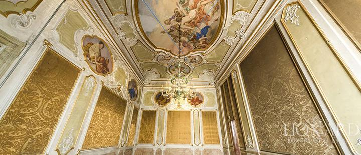 venetia 5 Palazzo de vanzare, 15.000 de euro metrul patrat