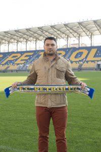 1 3 200x300 Cel mai iubit club de fotbal prahovean Petrolul Ploiești si a ales noul technician pentru perioada urmatoare