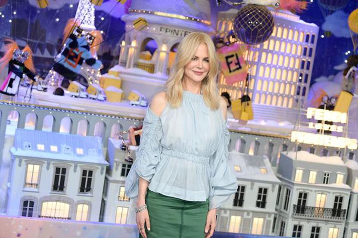 2 Nicole Kidman aduce atmosfera Craciunului la Paris