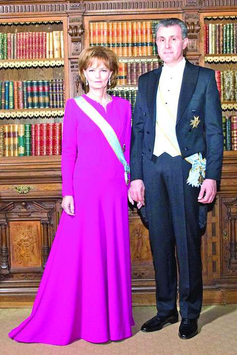 91472d04afa7dee7dd20162bba07f08e casa real queen victoria Cuplul mostenitor al Casei Regale este foarte ocupat cu NIMIC