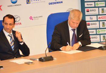 Foto semnare protocol 1 350x240 Colegiul Tehnic Mediadin sectorul 1 al Capitalei va avea o sala de sport ultramoderna