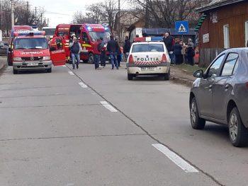 accident copii 350x263 Cinci copii, loviti de o masina in statia de autobuz, in Suceava